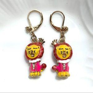 Betsey Johnson king lion earrings